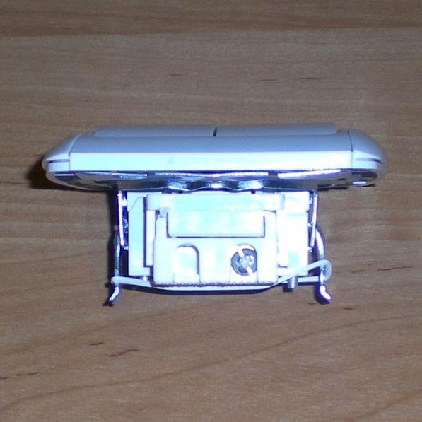 Подключение 2-х клавишного выключателя к лампам принципиального различия с подключением одноклавишного не имеет.