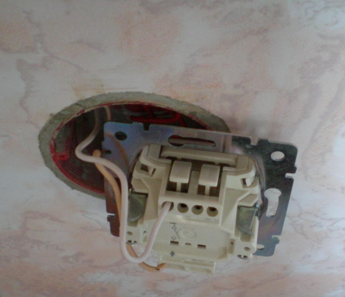 Инструкция сборки одноклавишного выключателя легранд